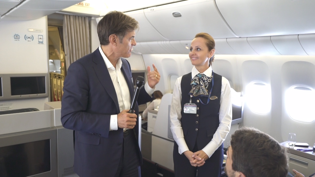 Dr. Oz shares flying health advice with cabin crew