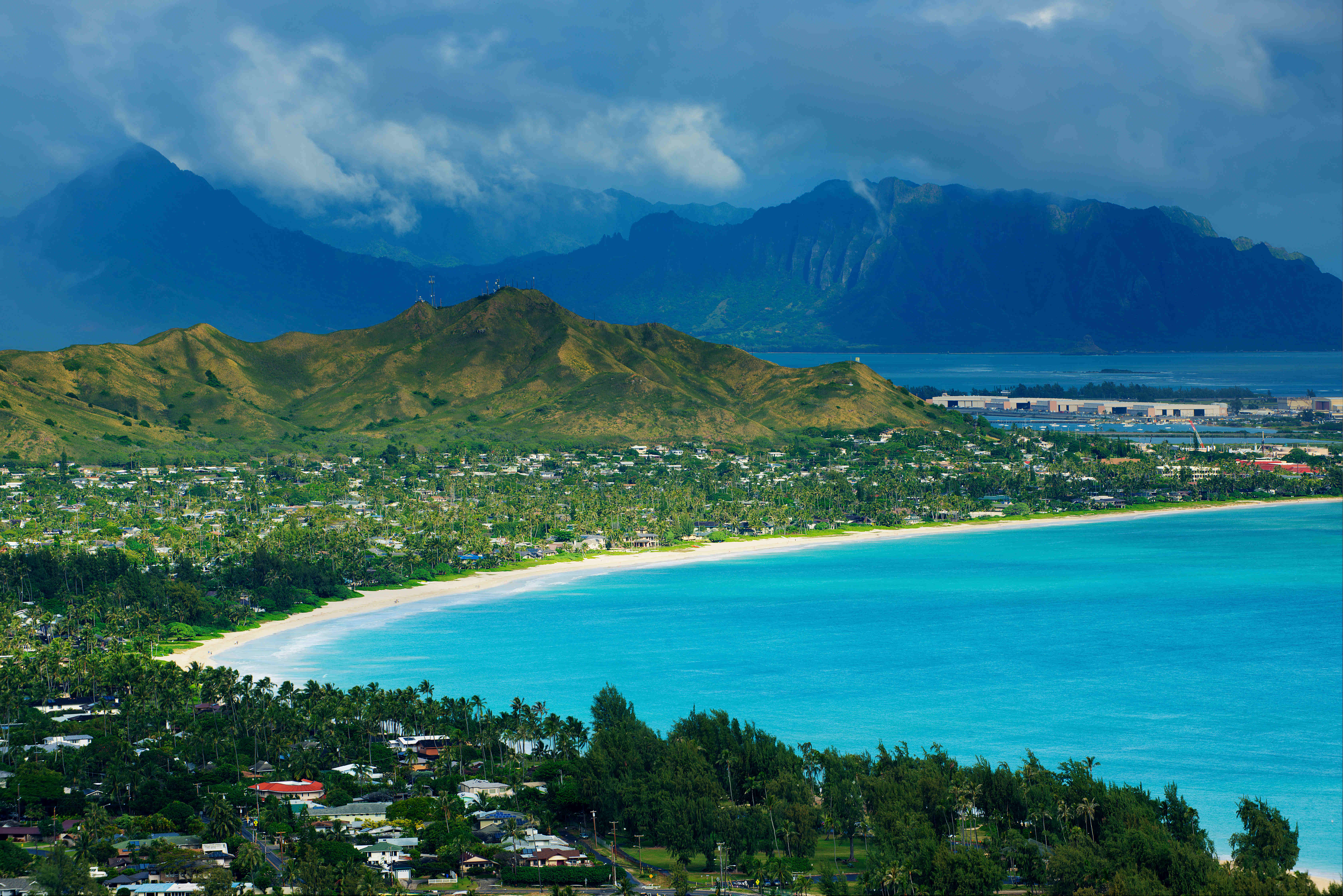 Hawaii tops the list for outdoor adventure this summer
