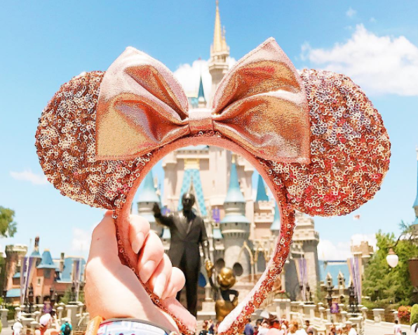 You Can Now Get Rose Gold Minnie Mouse Ears At Disney Parks And Fans Are Going Wild