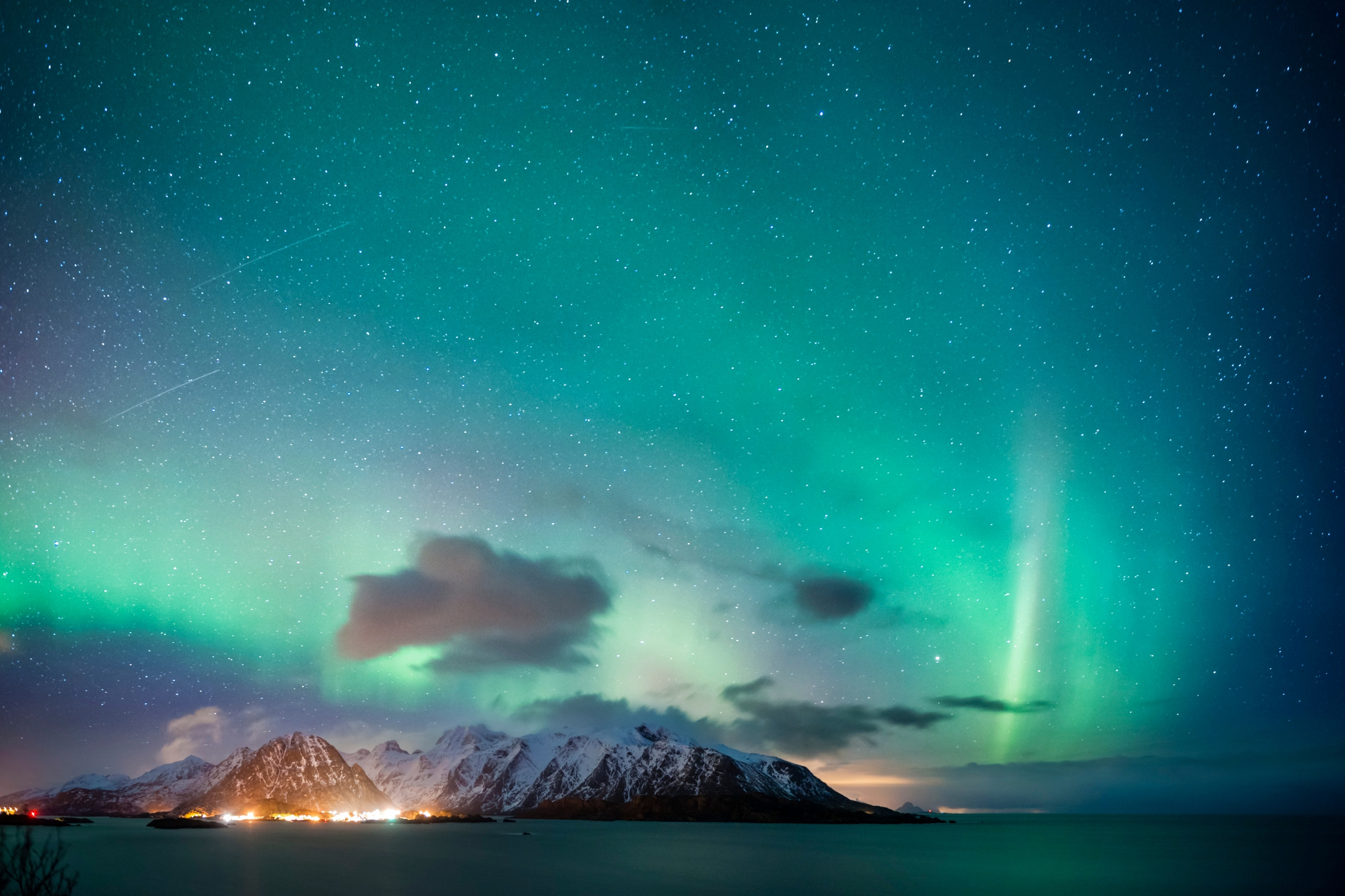 This is how and where to see the Northern Lights in 2019